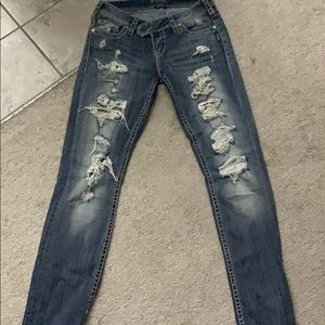 Silver straight ripped jean!